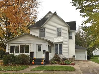 Marshalltown IA Single Family Home For Sale: $88,000