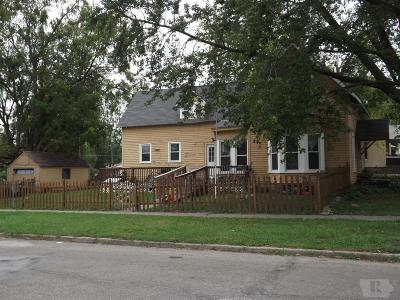 Marshalltown Single Family Home For Sale: 502 W Church Street