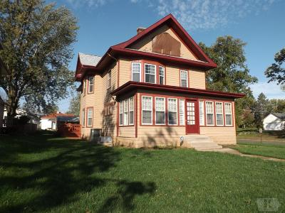 Marshalltown Single Family Home For Sale: 312 N 4th Street