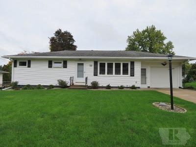 Marshalltown Single Family Home For Sale: 706 Ratcliffe Drive