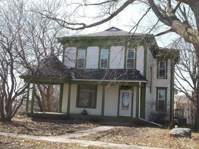 Conrad Single Family Home For Sale: 113 Washington Street