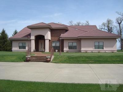 Single Family Home For Sale: 5588 22nd Ave Tr