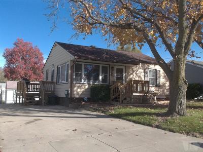 Marshalltown Single Family Home For Sale: 704 E South Street