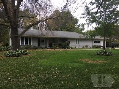 Marshalltown Single Family Home For Sale: 2501 W Lincoln Way