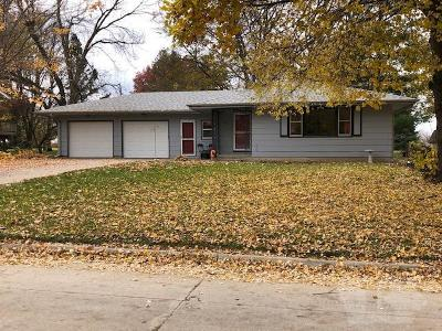 Grinnell Single Family Home For Sale: 1623 Prairie Street