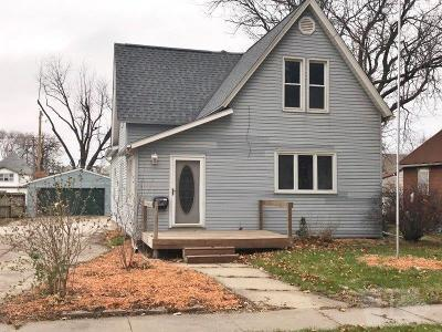 Marshalltown Single Family Home For Sale: 532 N 2nd Street