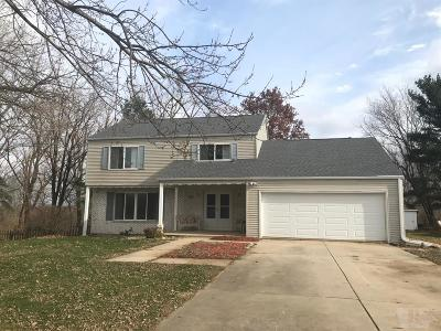 Marshalltown Single Family Home For Sale: 2301 New Salem Road