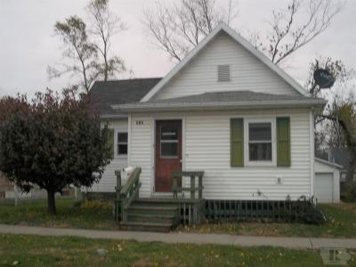 Marshalltown Single Family Home For Sale: 412 Union Street