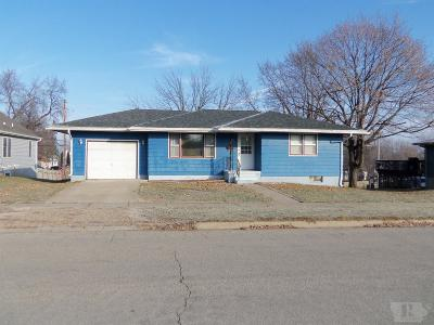 Toledo Single Family Home For Sale: 405 E Carleton Terrace
