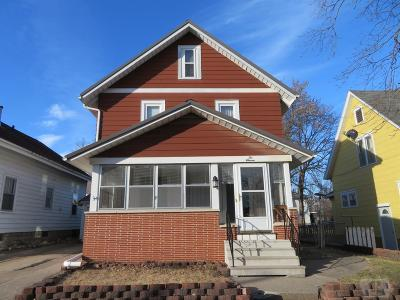 Single Family Home For Sale: 211 S 7th Street