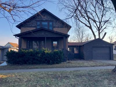 Marshalltown IA Single Family Home For Sale: $64,900