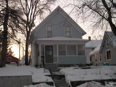 Marshalltown IA Single Family Home For Sale: $57,000