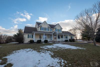 Marshalltown Single Family Home For Sale: 2007 Gethmann Drive