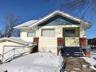 Marshalltown IA Single Family Home For Sale: $52,000