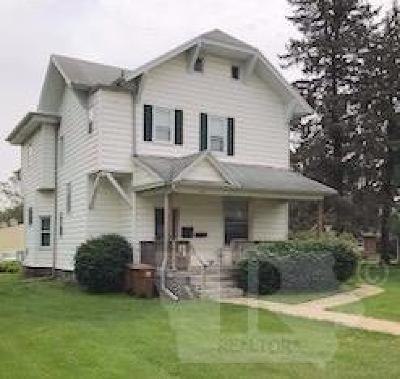 Grinnell Single Family Home For Sale: 822 Park Street