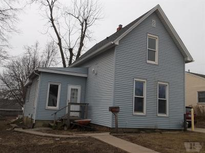 Marshalltown IA Single Family Home For Sale: $49,900