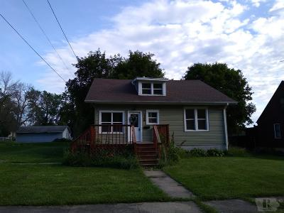 Grinnell Single Family Home For Sale: 1706 4th Avenue