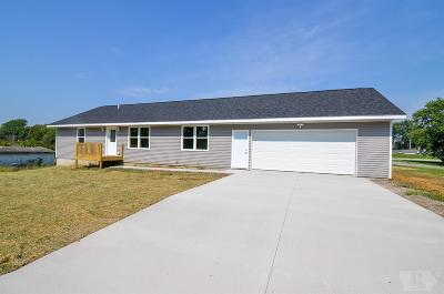 Montezuma IA Single Family Home For Sale: $190,000