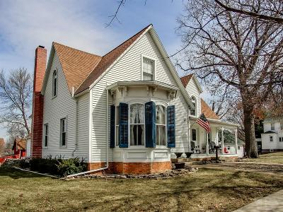 Toledo Single Family Home For Sale: 104 W Ohio Street