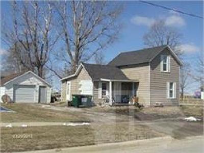 Montezuma IA Single Family Home For Sale: $39,000
