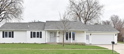 Marshalltown IA Single Family Home For Sale: $165,900