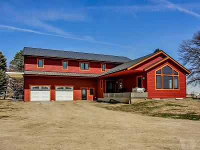 Single Family Home For Sale: 32307 E Avenue