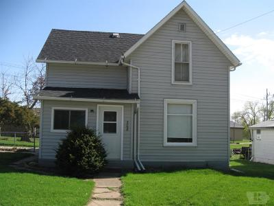 Tama Single Family Home For Sale: 308 W 5th