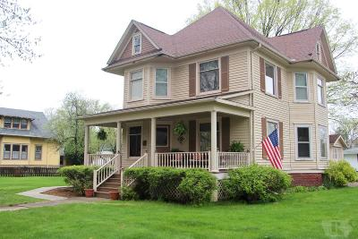 Grinnell Single Family Home For Sale: 1323 5th Avenue