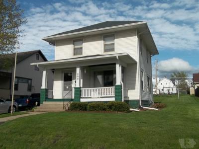 Marshalltown Single Family Home For Sale: 203 N 8th Street