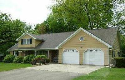 Toledo Single Family Home For Sale: 504 E South Street