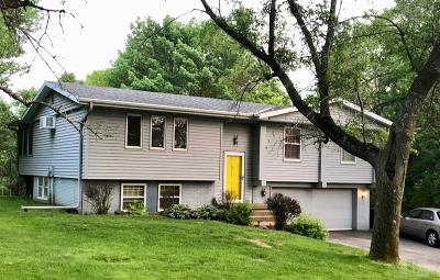 Grinnell Single Family Home For Sale: 9 Oakridge Drive
