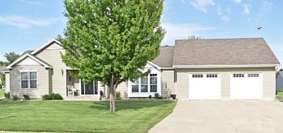 Conrad Single Family Home For Sale: 404 Blythe Street