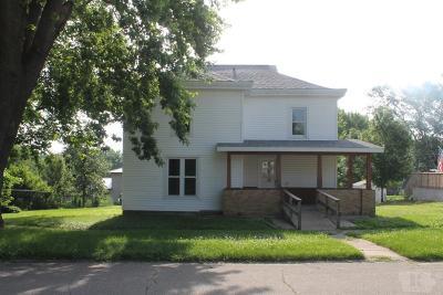 Toledo Single Family Home For Sale: 208 N Center