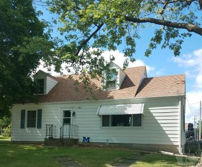 Montezuma Single Family Home For Sale: 301 W Main Street