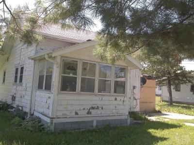 Marshalltown IA Single Family Home For Sale: $14,900