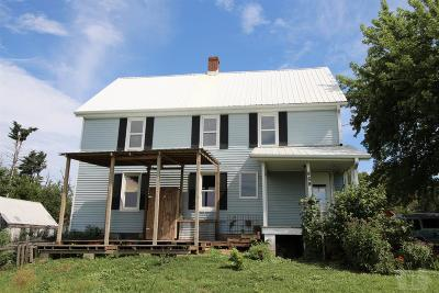 Grinnell Single Family Home For Sale: 869 330th Avenue