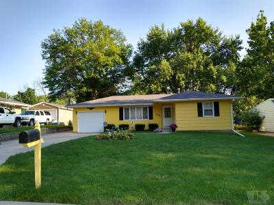 Grinnell Single Family Home For Sale: 416 13th Avenue