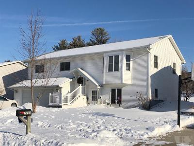 Marshalltown Single Family Home For Sale: 2208 Dubois Circle