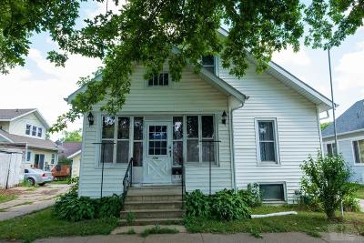 Marshalltown Single Family Home For Sale: 104 S 7th Street