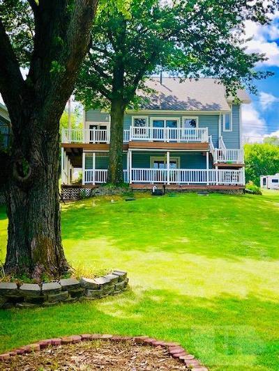 Montezuma IA Single Family Home For Sale: $439,000