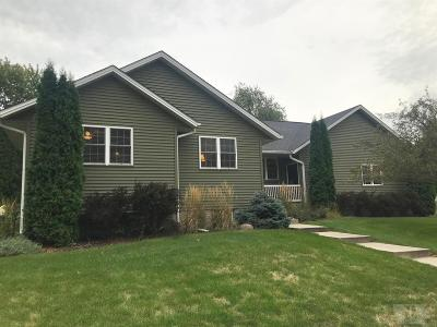 Grinnell Single Family Home For Sale: 601 Van Horne Circle