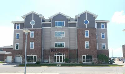 Clear Lake Condo/Townhouse For Sale: 475 North Shore Drive #2C