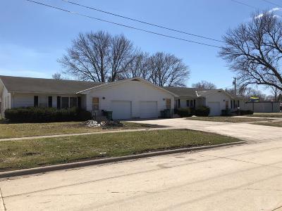 Britt Single Family Home For Sale: 311 E Center St.