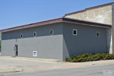 Mason City Commercial For Sale: 412 S Federal Avenue