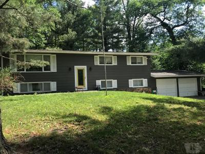 Clear Lake Single Family Home For Sale: 15031 Sycamore Street