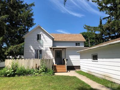 Britt Single Family Home For Sale: 536 SW 3rd St.