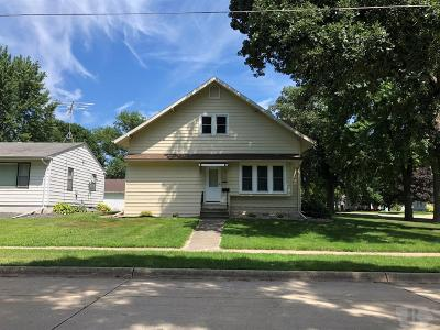Britt Single Family Home For Sale: 379 SW 2nd Ave.