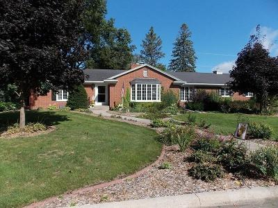 Mason City Single Family Home For Sale: 293 Willowbrook Drive