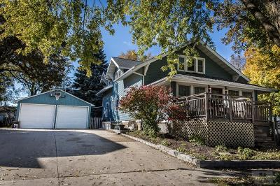 Clear Lake Single Family Home For Sale: 1 S 9th Street