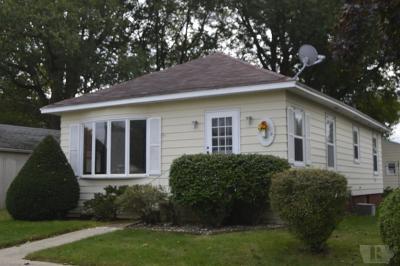 Mason City Single Family Home For Sale: 307 24th Street SW